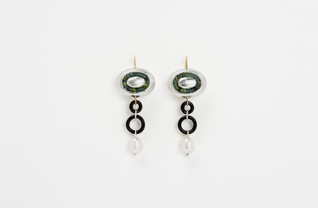 Earrings <em>Galykos</em>, 2015. Gold 750, silver, iron, tourmalines, pearls, papier-mâché, silver leaf