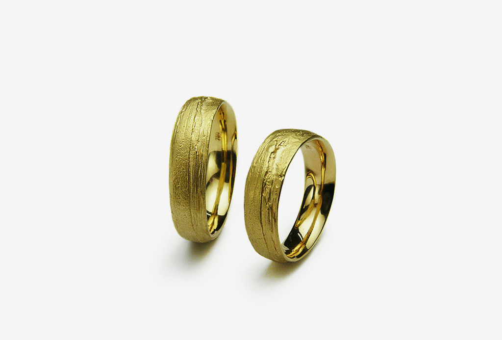 Rings <em>Birke</em>. 750 yellow gold. Available in all precious metals