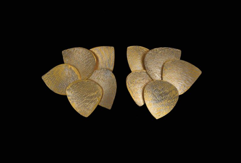 Earrings of five leaves, gold and platinum, 2019. Photo James Champion.